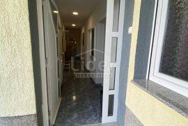 Stan za najam, Škurinje, 2s+db, 350€/mj., Rijeka, Διαμέρισμα