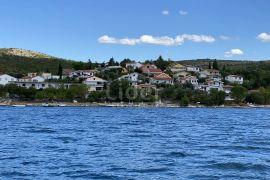 Meka Draga na Novigradskom moru, kuću u 1. redu do mora prodajemo, Obrovac, Casa