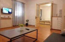 Centar, 2s+db, 95m2, Rijeka, Wohnung