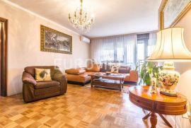 Zagreb, Martinovka, odličan trosoban stan NKP 90m2, Zagreb, Wohnung