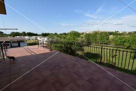 Prodaja, kuća, Brtonigla, Samostojeća, 300m2, Brtonigla, Kuća