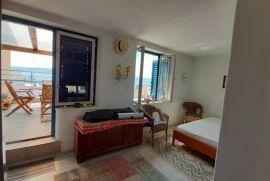 Stan: Crikvenica, 65.00 m2, 33 m2 terasa, Crikvenica, Appartement