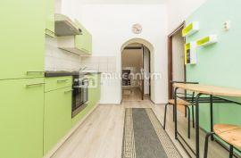 Najam, mali stan u strogom centru grada!, Rijeka, Stan