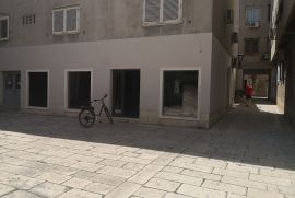 Najam poslovnog prostora u Zadru na poluotoku, Zadar, Poslovni prostor