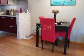 Kastav, prekrasan i kompletno namješten stan, 2S+DB od 67,6 m2, Kastav, Stan