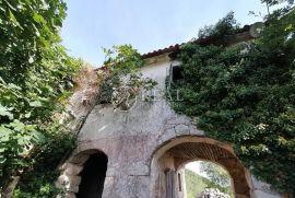 Ruševna kuća 120 m2,Mošćenička Draga, Mošćenička Draga, Kuća