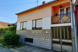 Obiteljska kuća - Jug 2 (Osijek), Osijek, Kuća