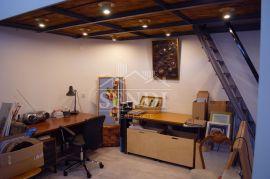 Centar Rijeke, adaptirana galerija, Rijeka, Poslovni prostor