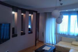 Izdajem trosoban stan u Krusevcu, Kruševac, Stan