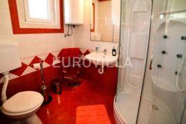 Pakoštane, prekrasan dvosoban apartman NKP 46,29 m2, Pakoštane, Apartamento