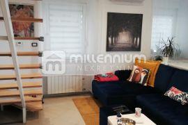 Rijeka, Belveder, 90.74m2, dvoetažni 2s+db, Rijeka, Apartamento