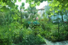 Crikvenica - stan sa dvorištem blizu mora i centra, Crikvenica, Appartment