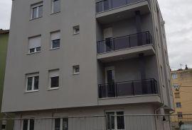 PRODAJEM PARKING MESTO - DETELINARA!, Novi Sad - grad, Garaža
