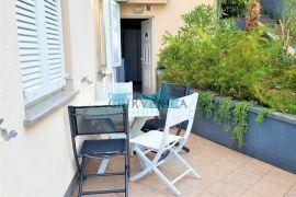 Dramalj - lijep jednosobni stan s dnevnim boravkom, kuhinjom, Crikvenica, Appartment