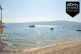 Rivijera Nekretnine Novogradnja na obali mora Bijela, Herceg Novi, Wohnung