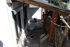 TRSAT - Dvojna kuća 110 m2 + dvorište 74 m2, Rijeka, Kuća