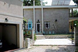 Crna Gora, Budva, Reževići - villa sa bazenom, Casa