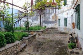 Novi Vinodolski INVESTICIJA - kuća 317m2, Novi Vinodolski, Kuća