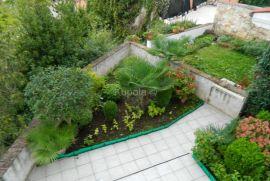 Rovinj, fantastičan stan sa vrtom i otvorenim pogledom na more, Rovinj, Daire