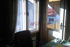 Kustošija 3-sob 62m2, potkrovlje + GARAŽA, Zagreb, Appartement