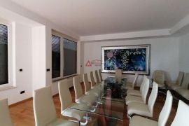Maksimir Rebrovac 153 m2 prezentacijski uredski, Zagreb, Immobili commerciali
