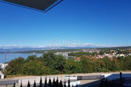 Vantačići, luksuzan stan od 151 m2 sa terasom od 41 m2, Malinska-Dubašnica, Flat