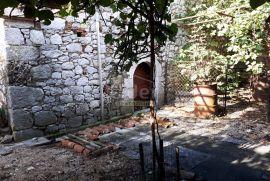 TRIBALJ Kuća s potencijalom, Vinodolska Općina, بيت