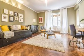 Kneza Mislava, luksuzan trosoban stan 150 m2, Zagreb, Flat