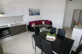 Novogradnja, 6 apartmana, bazen, Čižići, Krk, Dobrinj, Kuća