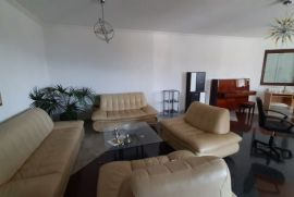 Luksuzni stan u novijoj vili u blizini Opatije, Opatija - Okolica, Stan