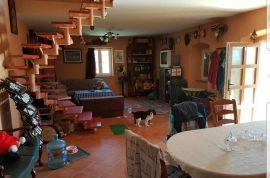 Kuća: Vele Mune, katnica, 159.00 m2, Matulji, Σπίτι