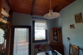 Pobri, katnica 150 m2 + studio apt., okućnica, pogled na more!, Opatija - Okolica, Haus