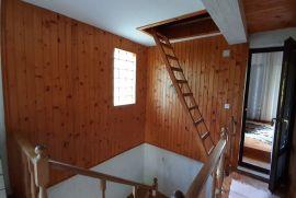 Kuća 140m2 + okućnica 1800 m2, pom. objekt, sjenica, kamin 87.000€!!, Vrbovsko, Famiglia
