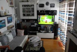 Hosti, dvoetažni stan, jug, 115 m2 3.kat + potkrovlje, garaža, Rijeka, Kвартира