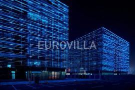 Poslovni prostor (Slavonska avenija) 2500 m2, Zagreb, Immobili commerciali