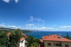 Volosko, dva stana sa terasama i sa čarobnim pogledom na more, Opatija, Stan