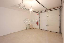 Prodaja garaže na Kastvu-Brestovice 23m2, Kastav, كراج
