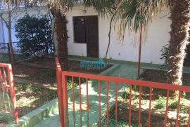 Selce-stan s dvorištem na 100m od mora, Crikvenica, Appartment