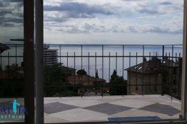 Stan u centru Opatije sa panoramskim pogledom, Opatija, Stan