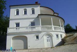 Opatija-Okolica, vila sa bazenom 255 m2 na lijepoj lokaciji, Opatija - Okolica, Ev