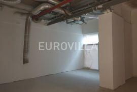 Centar, poslovni prostor za zakup 85 m2 u poslovnoj zgradi, Zagreb, العقارات التجارية