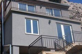 Renovirana kamena kuća u Sitnom Gornjem, Split - Okolica, Haus