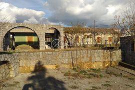 Prodaja prizemnice  115m2 na Gornjem Zametu na terenu od 1064 m2, Rijeka, بيت