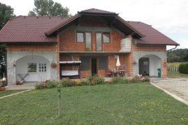 Hitno prodajem Kucu U Kozarskoj Dubici, Kozarska Dubica, Kuća