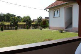 Kuća: Odzak, Vojskova, 275 m2, Odžak, Kuća