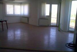 Poslovni prostor: Bijeljina, 1000 m2, Bijeljina, Gewerbeimmobilie