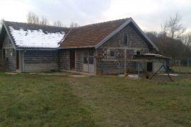 Kuća: Tuzla, Breze, 2400 m2, 150.000 EUR, Tuzla, Famiglia