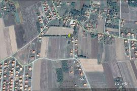 Građevinsko zemljište: Bijeljina, Dvorovi, 844 m2, 6000 EUR, Bijeljina, أرض