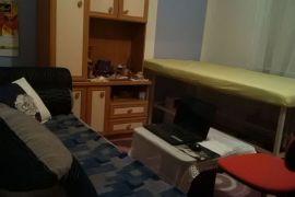 Stan: Zenica, 44 m2, 28200 EUR, Zenica, Flat