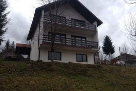 Prodajem kuću u Busovaci naselje Busovaca, Carica, 250 m2, 45000 EUR, Busovača, Kuća